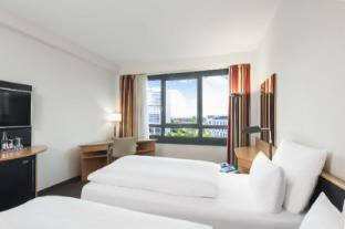 /nh-dusseldorf-city/hotel/dusseldorf-de.html?asq=jGXBHFvRg5Z51Emf%2fbXG4w%3d%3d
