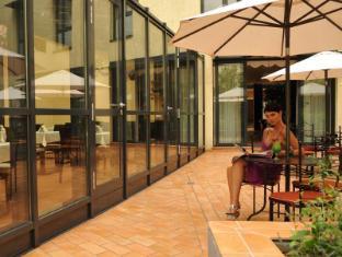 Roma Hotel Prague - Balcony/Terrace