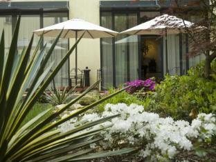 Roma Hotel Prague - Garden
