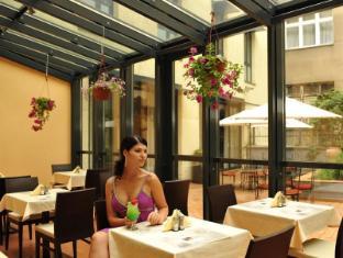Roma Hotel Prague - Restaurant