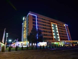/phoenicia-luxury-hotel/hotel/mamaia-ro.html?asq=5VS4rPxIcpCoBEKGzfKvtBRhyPmehrph%2bgkt1T159fjNrXDlbKdjXCz25qsfVmYT