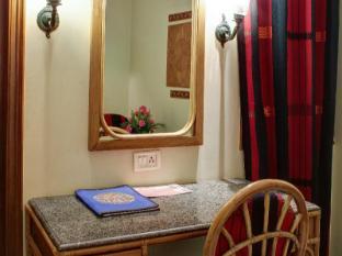 Palace on Ganges Hotel Varanasi - Phòng khách