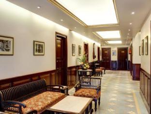 Palace on Ganges Hotel Varanasi - Nội thất khách sạn