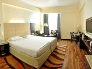 City Park Hotel New Delhi and NCR - Guest Room