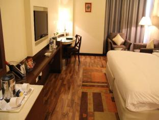 City Park Hotel New Delhi and NCR - Deluxe Room