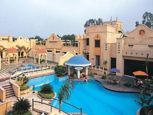 /pl-pl/tivoli-garden-resort-hotel/hotel/new-delhi-and-ncr-in.html?asq=jGXBHFvRg5Z51Emf%2fbXG4w%3d%3d