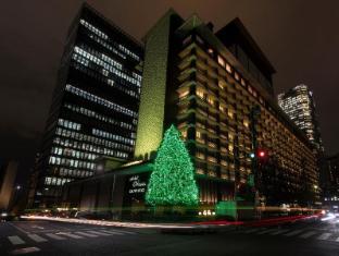 Hotel Okura Tokyo - Exterior Night Winter