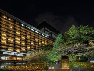 Hotel Okura Tokyo - Exterior at Night