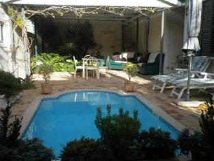 /auberge-alouette-guesthouse/hotel/franschhoek-za.html?asq=jGXBHFvRg5Z51Emf%2fbXG4w%3d%3d