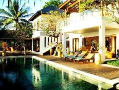 Villa Matahari Terbenam Indonesia