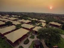 Bagan Lodge Hotel: exterior