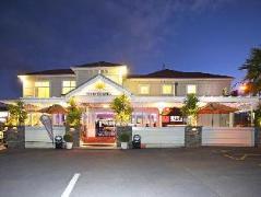 Tuakau Hotel New Zealand