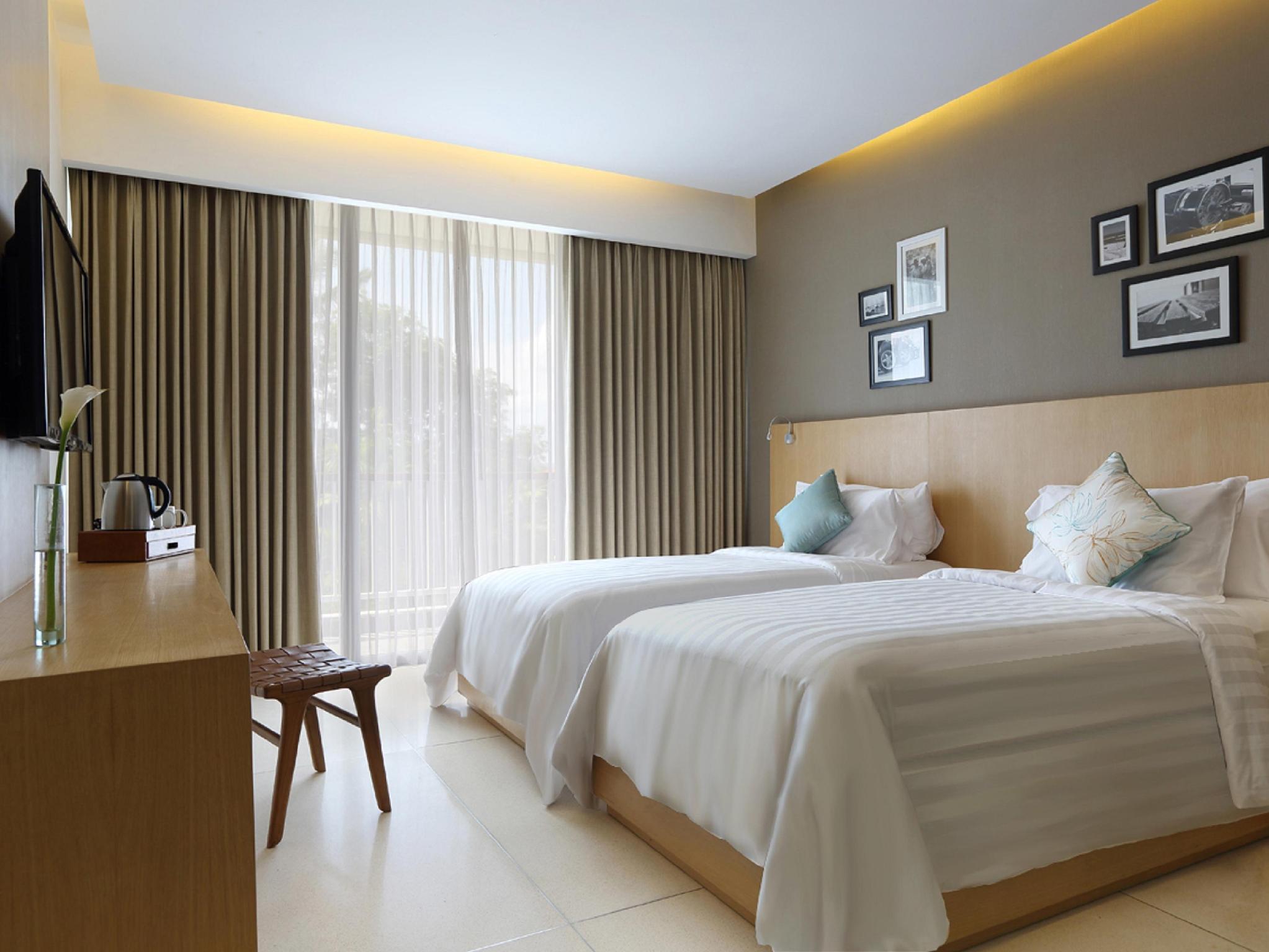 Ossotel Legian Hotel2