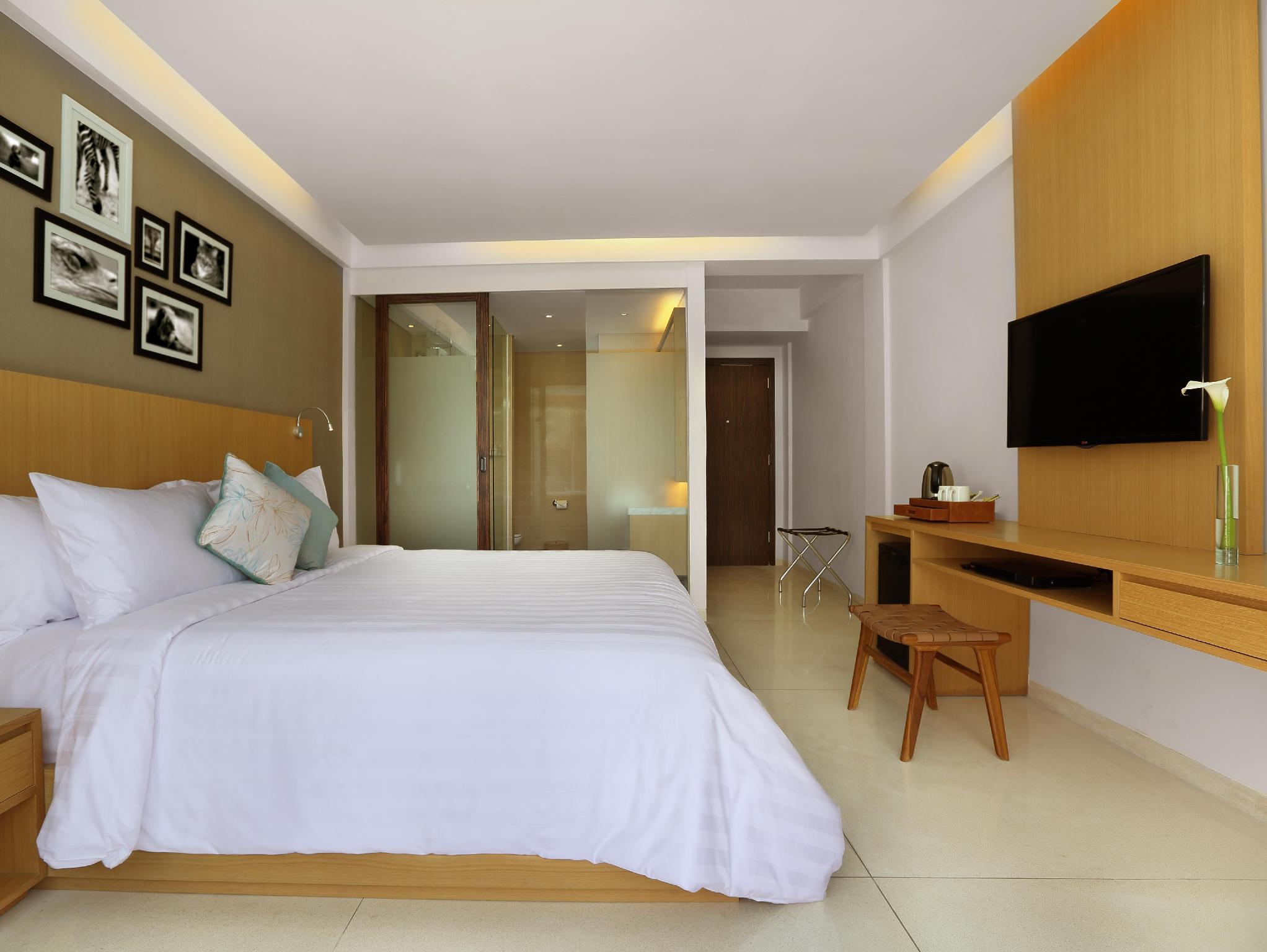 Ossotel Legian Hotel3