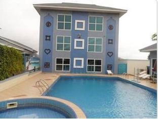 /de-holiday-beach-hotel/hotel/accra-gh.html?asq=5VS4rPxIcpCoBEKGzfKvtBRhyPmehrph%2bgkt1T159fjNrXDlbKdjXCz25qsfVmYT