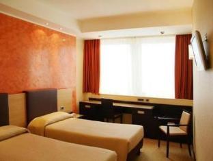 /ja-jp/hotel-san-pietro/hotel/verona-it.html?asq=jGXBHFvRg5Z51Emf%2fbXG4w%3d%3d