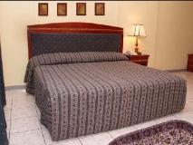 Al Sharq Suites Hotel: guest room