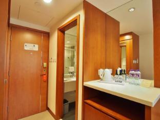 Caritas Bianchi Lodge Hotel Hong Kong - Standard Twin