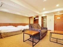 Caritas Bianchi Lodge Hotel: guest room