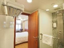 Caritas Bianchi Lodge Hotel: bathroom