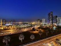Al Majaz Premiere Hotel Apartments: surroundings