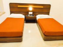 Hotel Rama Krishna: guest room