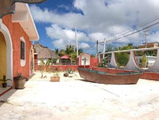 /hacienda-la-catrina-bed-and-breakfast/hotel/holbox-island-mx.html?asq=jGXBHFvRg5Z51Emf%2fbXG4w%3d%3d