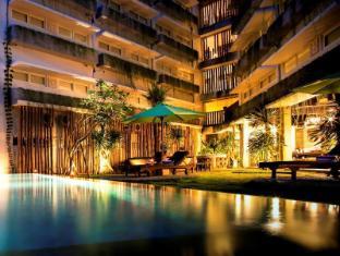 Grandmas Tuban Hotel Bali - Surroundings