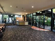 Burvale Hotel: lobby