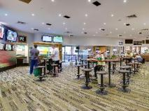 Seaford Hotel: pub/lounge