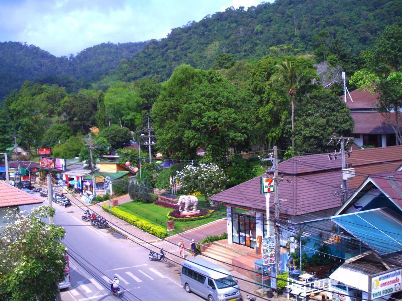 Chang Buri Resort & Spa52