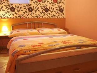 /fi-fi/apartments-lafranconi/hotel/bratislava-sk.html?asq=5VS4rPxIcpCoBEKGzfKvtE3U12NCtIguGg1udxEzJ7nKoSXSzqDre7DZrlmrznfMA1S2ZMphj6F1PaYRbYph8ZwRwxc6mmrXcYNM8lsQlbU%3d