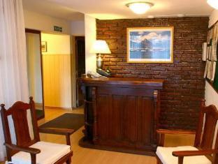 /ja-jp/hostal-malvinas/hotel/ushuaia-ar.html?asq=5VS4rPxIcpCoBEKGzfKvtE3U12NCtIguGg1udxEzJ7kOSPYLQQYTzcQfeD1KNCujr3t7Q7hS497X80YbIgLBRJwRwxc6mmrXcYNM8lsQlbU%3d