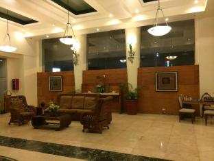 The Apo View Hotel Davao - Vestibule