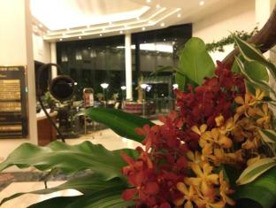 The Apo View Hotel Davao - Foyer