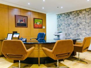 The Linden Suites Manila - Business Center
