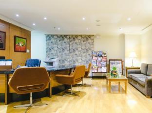 The Linden Suites Manila - Business Center