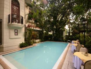 Orchid Garden Suites Manila - Swimming Pool
