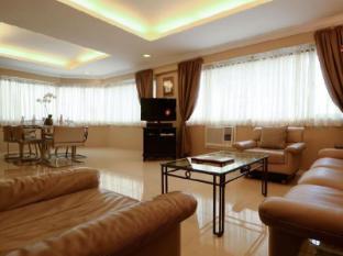 Orchid Garden Suites Manila - Penthouse