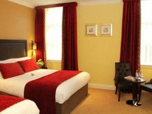 /sl-si/international-hotel/hotel/killarney-ie.html?asq=M84kbVPazwsivw0%2faOkpnItQtVz18PkwEqLg4cXi3aZ%2bVPSB%2fwHTOVmdaOCvG1qQO4X7LM%2fhMJowx7ZPqPly3A%3d%3d