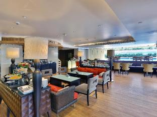Siri Sathorn Hotel Bangkok - Liquid Bar & Cafe restaurant