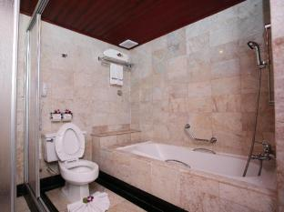 Absolute Sea Pearl Beach Resort Phuket - Bathroom