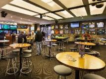 The Ranch Hotel: pub/lounge