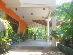 Hotel Surmount | Sri Lanka Budget Hotels