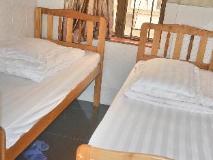 Din Dian Hostel: guest room