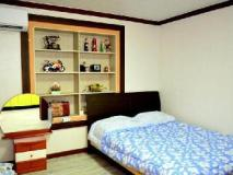 Basan Olle Pension: guest room