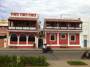 /villa-bayoud-a-heritage-hotel-by-the-sea/hotel/pondicherry-in.html?asq=jGXBHFvRg5Z51Emf%2fbXG4w%3d%3d