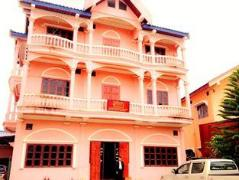 Dane Xam Guesthouse | Laos Budget Hotels