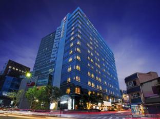 /lt-lt/tmark-hotel-myeongdong/hotel/seoul-kr.html?asq=m%2fbyhfkMbKpCH%2fFCE136qZWzIDIR2cskxzUSARV4T5brUjjvjlV6yOLaRFlt%2b9eh