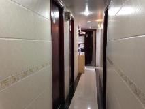 Angel Guest House Block E: corridor